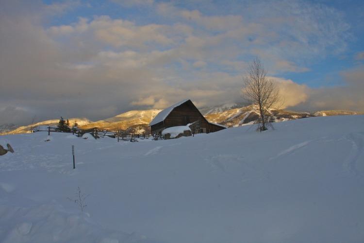Colorado Snow Barn.